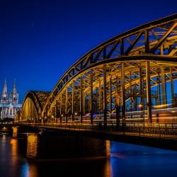Köln, DE - Hohenzollernbrücke