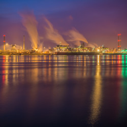 IJmuiden, NL - Smoke on the water